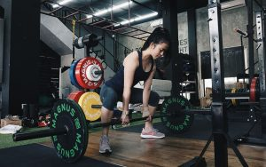 Alat Fitness Manfaat Latihan Barbell