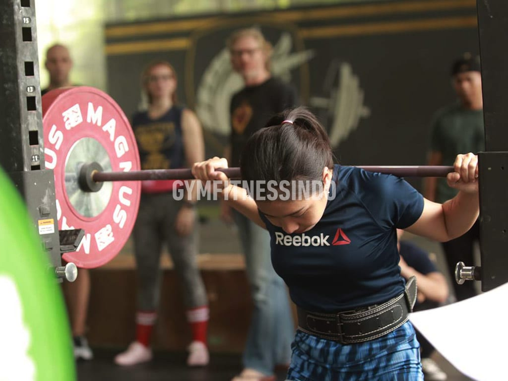 Supertotal Iron Game-Powerlifting Women