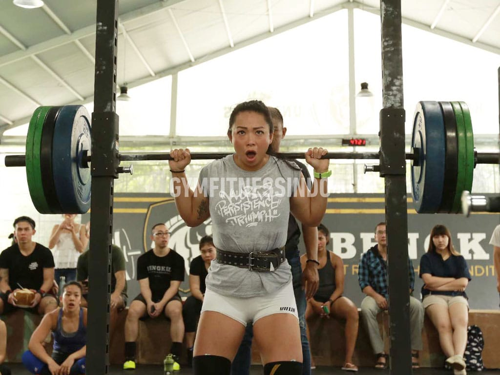 Supertotal Iron Game-Powerlifting kategori wanita