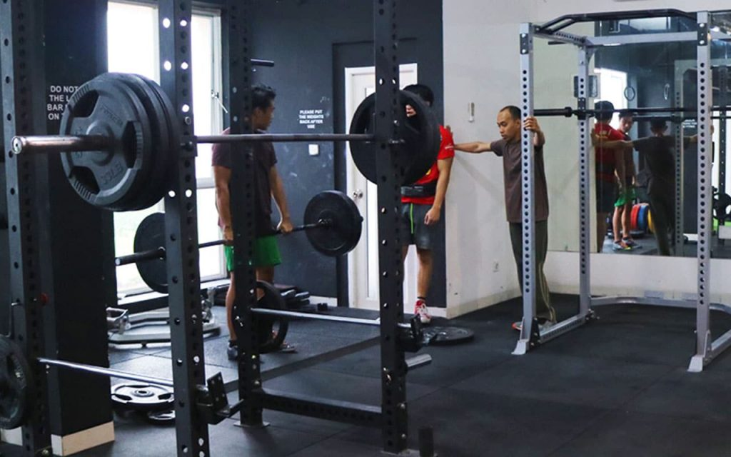 Pelanggan di Strongholdz Barbell Club