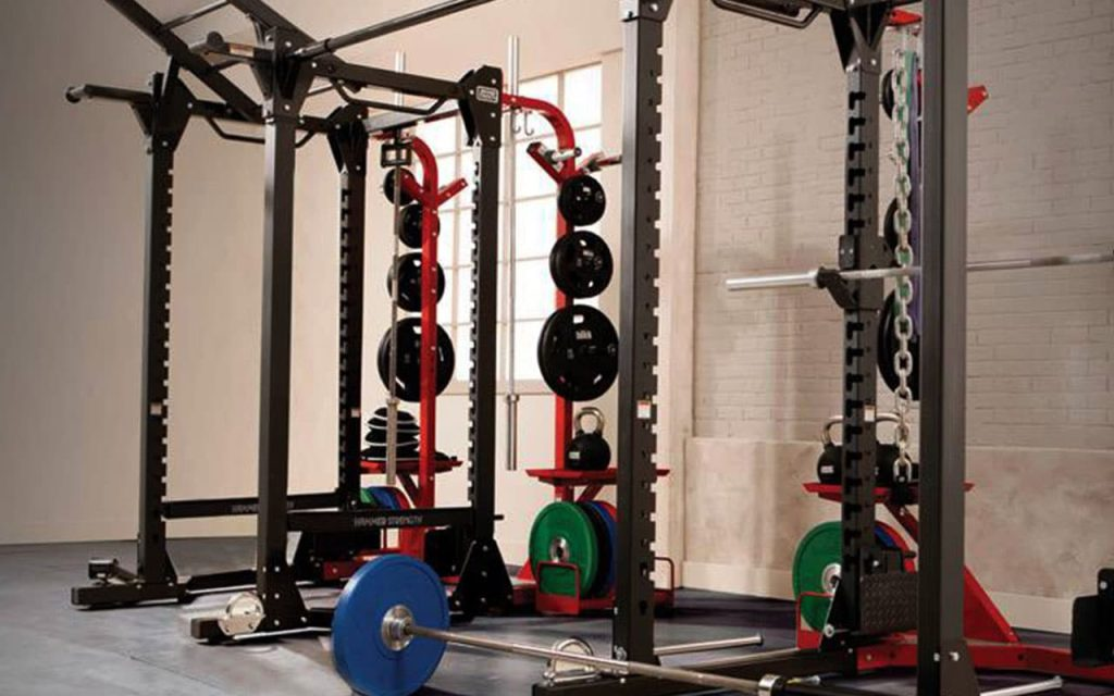 Fasilitas Power Rack di Fitness Center Hotel